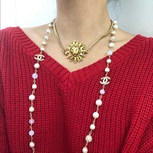Authentic Chanel pendant/ necklace